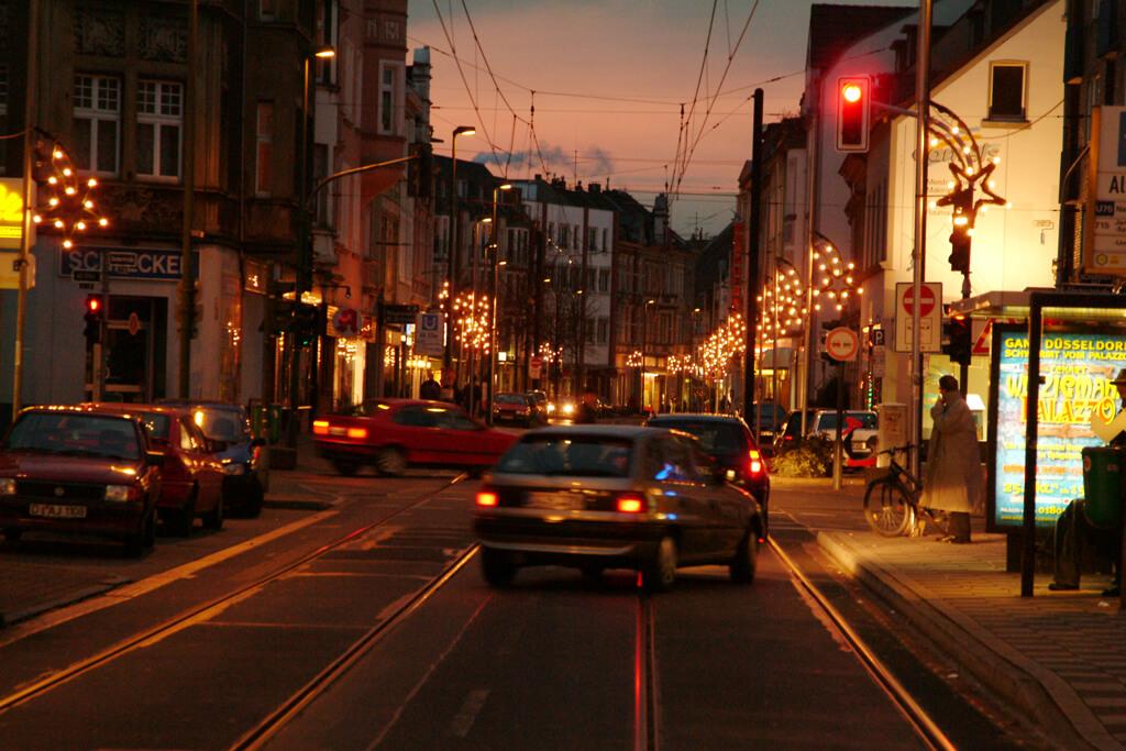 Leuchtmittel Weihnachtsbeleuchtung.Weihnachtsbeleuchtung Werbegemeinschaft Eller E V
